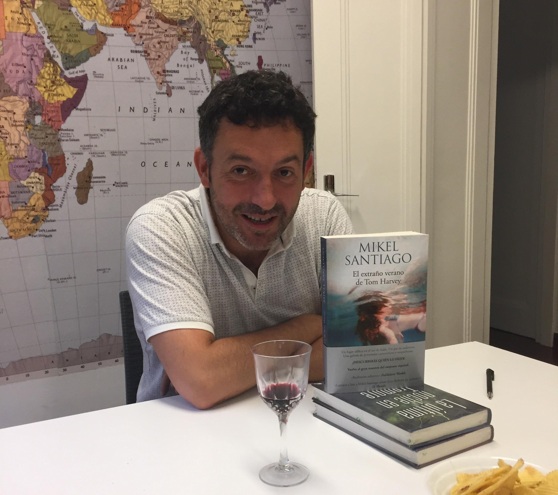 Presentación De La Novela El Extraño Verano De Tom Harvey Alea Bilbao
